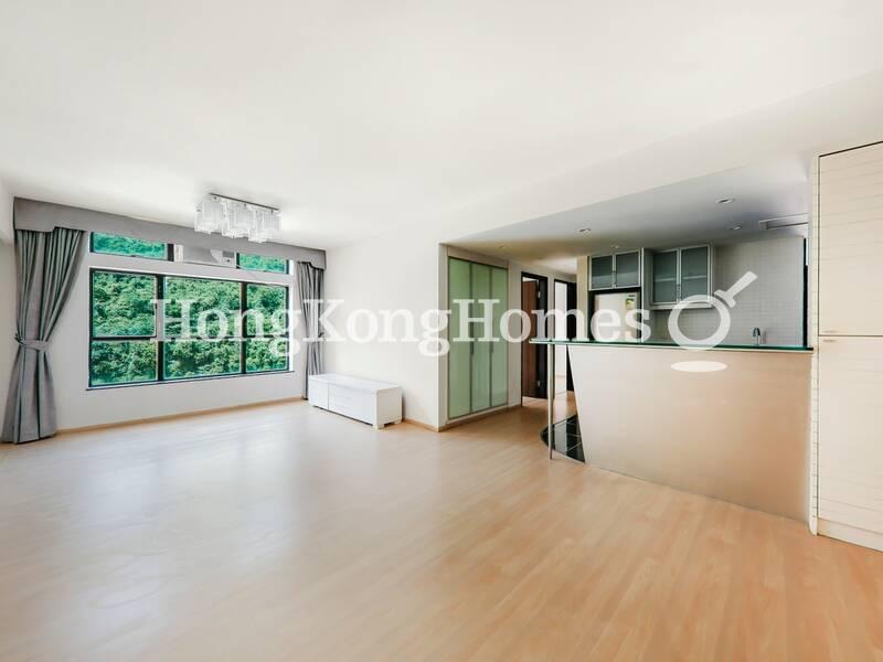 3-bedroom Designer Flat with Open Kitchen